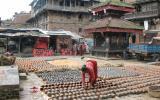 Sonnige Auslage für die nepalesische Hausfrau.