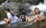 Thai-Mädels in der Bütt.