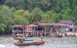 Und wir haben so lange in Thailand herumgebummelt, dass wir aus Zeitgründen keinen anderen Grenzübergang im Norden ausprobieren werden.